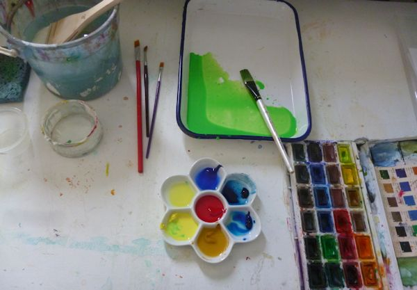 The green I used is a mix of Viridian green and either Cadmium lemon or yellow ocher.