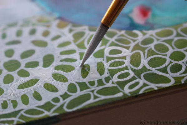 filling out the spaces in lace pattern