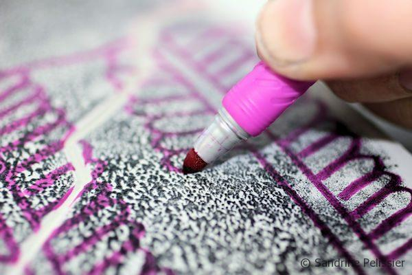 drawing patterns onto lino with a sharpie
